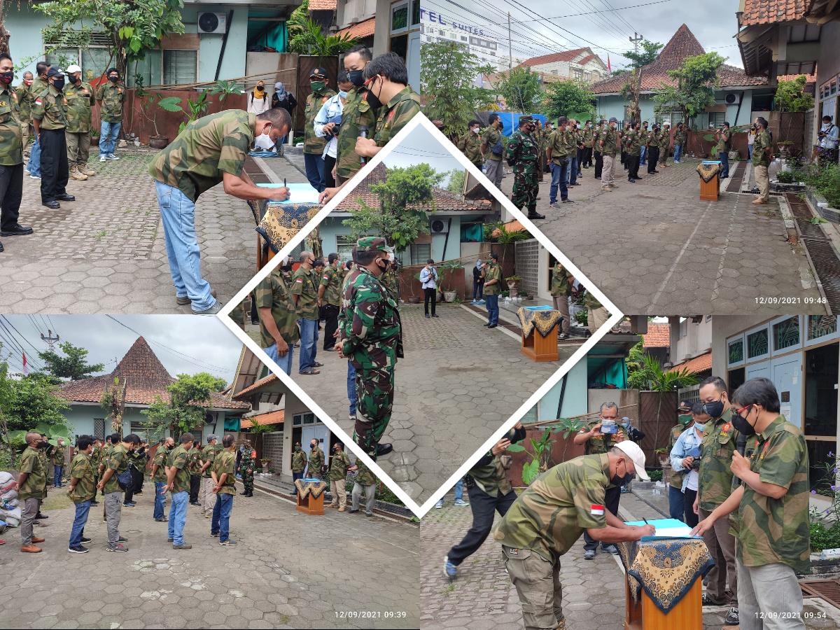 Pengukuhan Kelompok Jaga Warga Kelurahan Suryatmajan